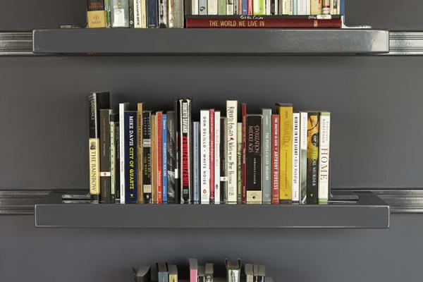Warren-Neidich_The-Artists-Library_07